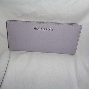 e305754c8529 Michael Kors Bags - MICHAEL KORS JET SET FLAT SLIM BIFOLD WALLET LILAC